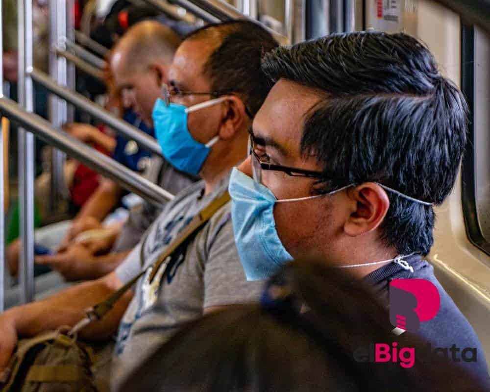 Primer día de uso obligatorio del cubrebocas en el Metro
